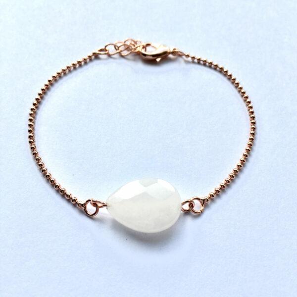 Armband met creme witte natuursteen druppel rose goud