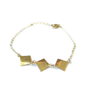 Armband met vierkant bedels goud