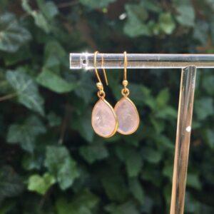 Druppel oorbellen edelsteen rozenkwarts 925 zilver verguld