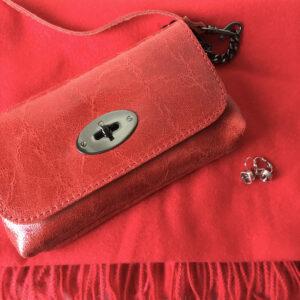 Fashion Box Red Tasje, Sjaal en Oorbellen