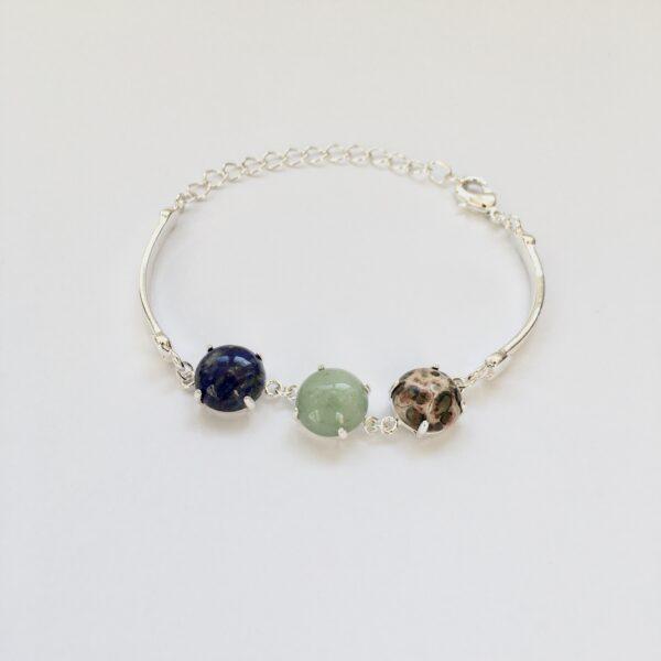 Fijne armband met natuursteen bedels blauw groen multi zilverkleurig