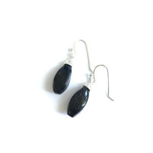 Fijne oorhangers zwarte bedels zilver