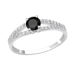 Fijne zilveren ring met zwarte steen en fijne zirkonia maat 55