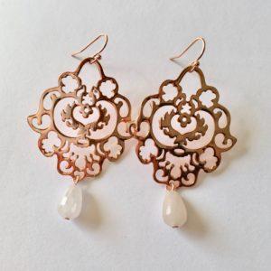 Grote oorbellen bloem rozenkwarts bedel rosé goud