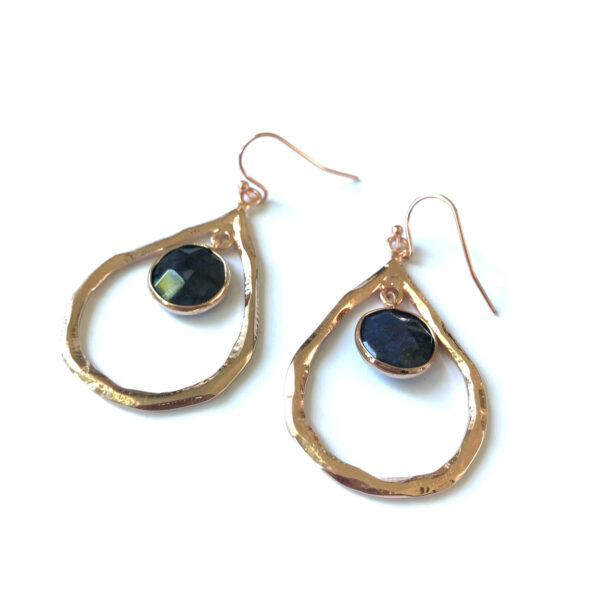 Grote oorbellen met lapis lazuli bedel rose goudkleurig