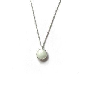 Ketting met hanger lichtgroene natuursteen zilver