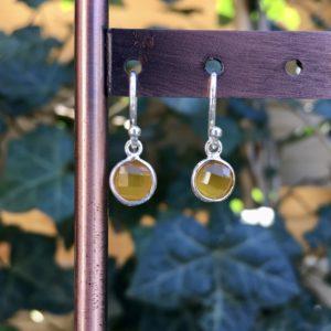 Kleine edelsteen oorbellen rond yellow onyx925 zilver