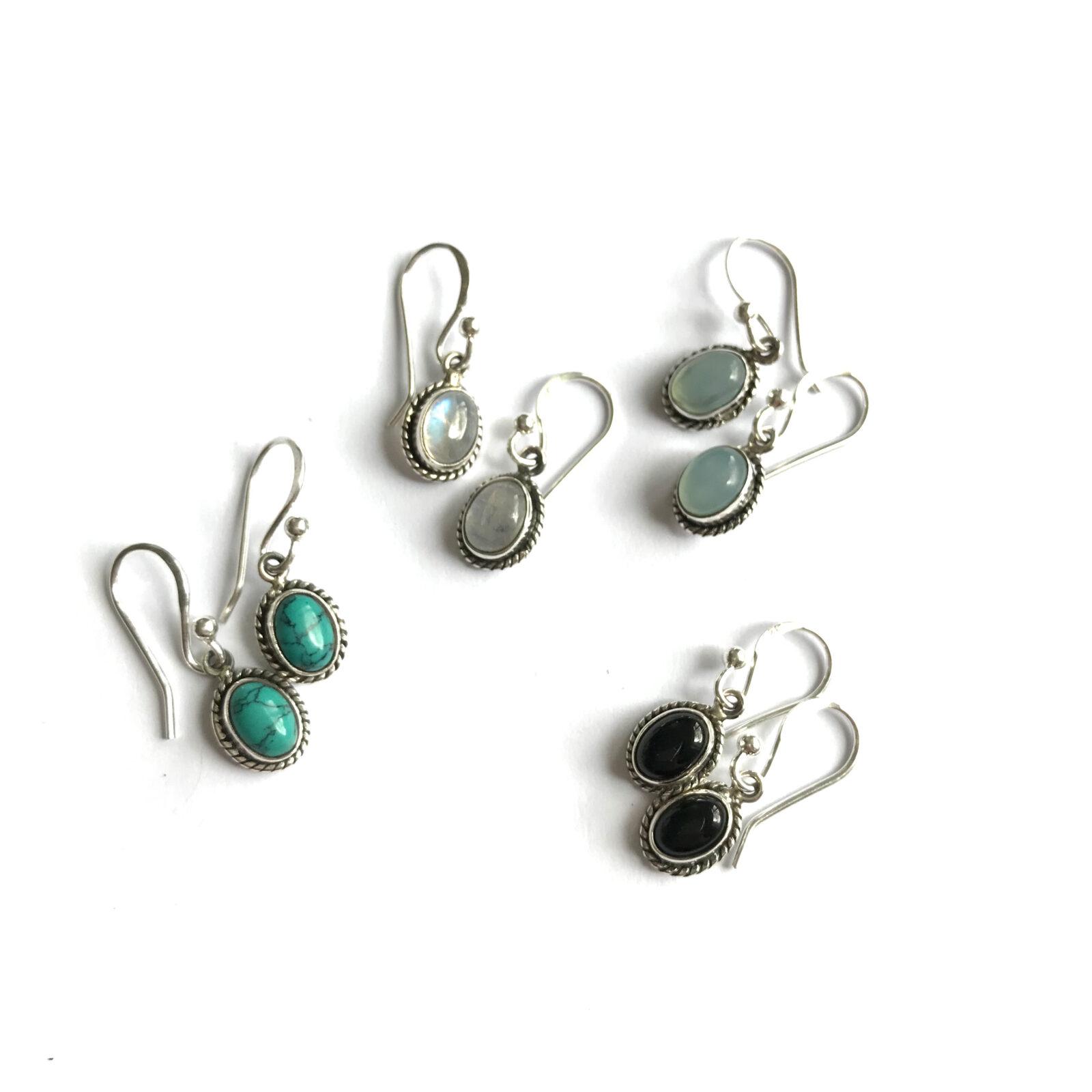 Kleine oorbellen ovalen edelsteen hanger 925 zilver