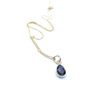 Korte ketting met druppel hanger lapis lazuli 925 zilver verguld