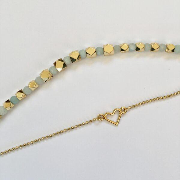 Metalen armband hartje goud en amazoniet bolletjes armband goud
