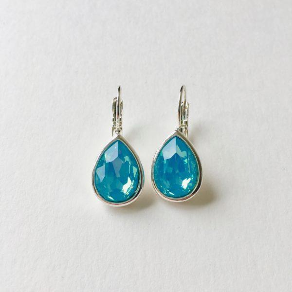 Oorhangers met Swarovski blauw, zilver druppel oorbellen